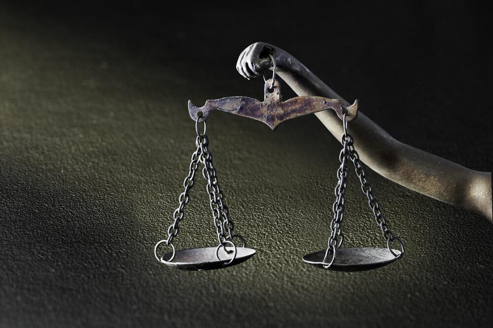 勝手に契約が成立するのは憲法違反ではないか