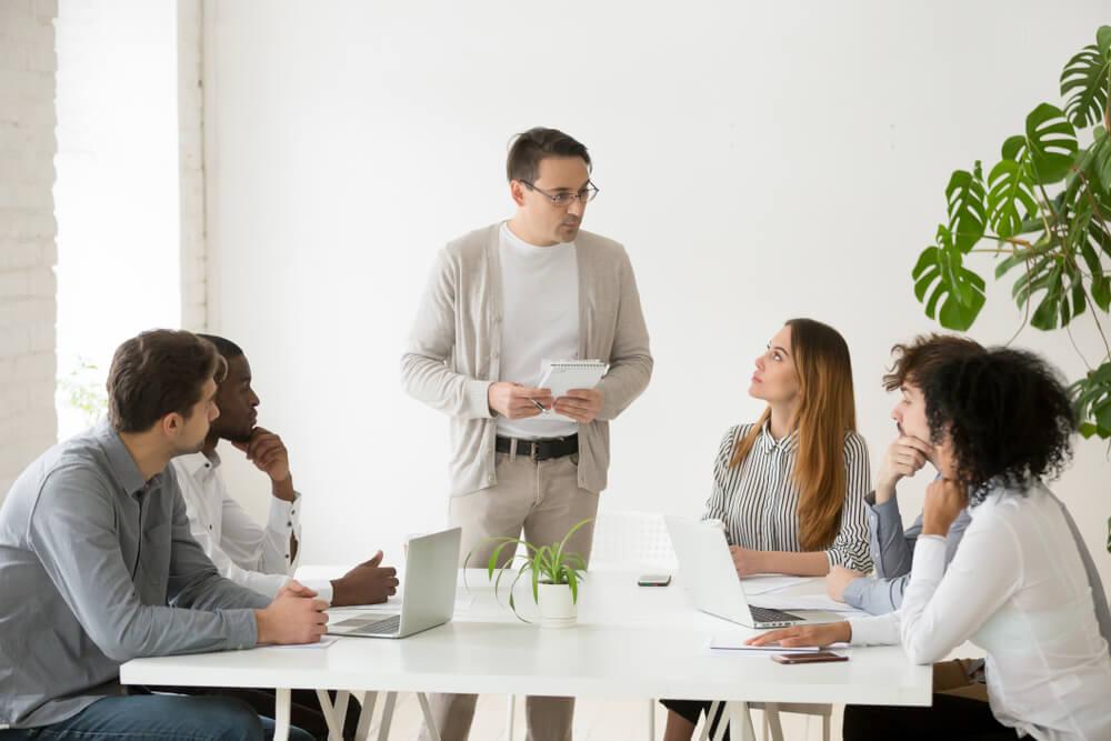 名ばかり管理職と管理職(管理監督者)の違いは?
