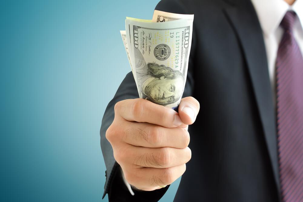 過払い金請求にかかる弁護士費用の相場は?