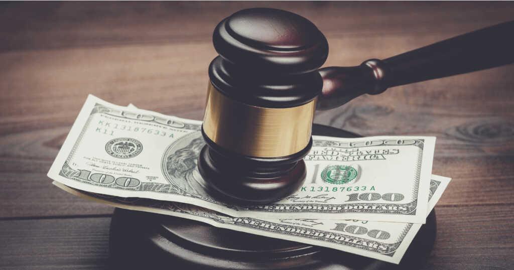 過払い金の回収を裁判で行うかどうかを考える