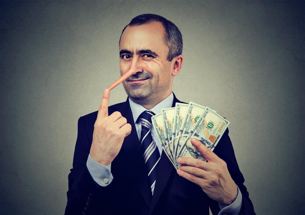 違法な年金担保融資の手口の具体例