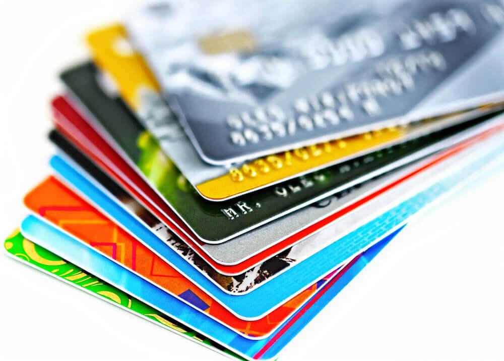 自己破産後にできるだけ早くクレジットカードを作る方法