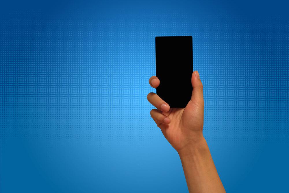 自己破産するとスマホ・携帯の利用契約はどうなるのか