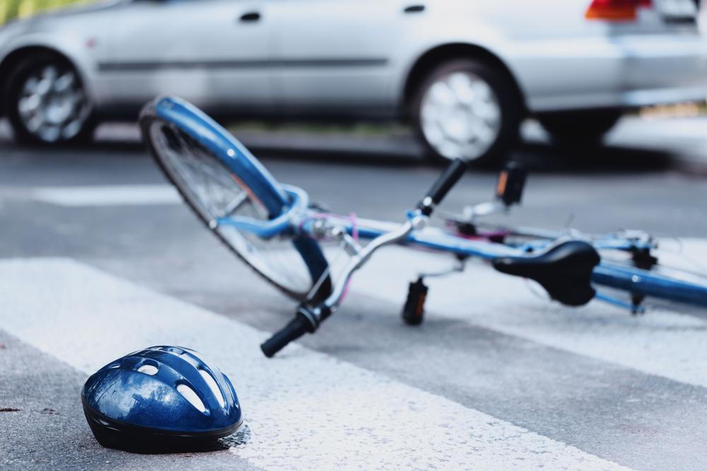 一時停止規制のある交差点における自転車と自動車・バイクとの衝突事故の過失割合