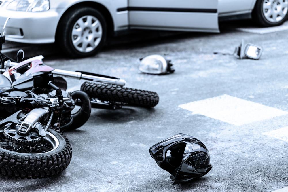 一時停止規制のある交差点における自動車とバイクの衝突(出合い頭)事故の過失割合