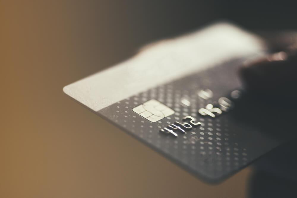 自己破産するとクレジットカードは作れないのか
