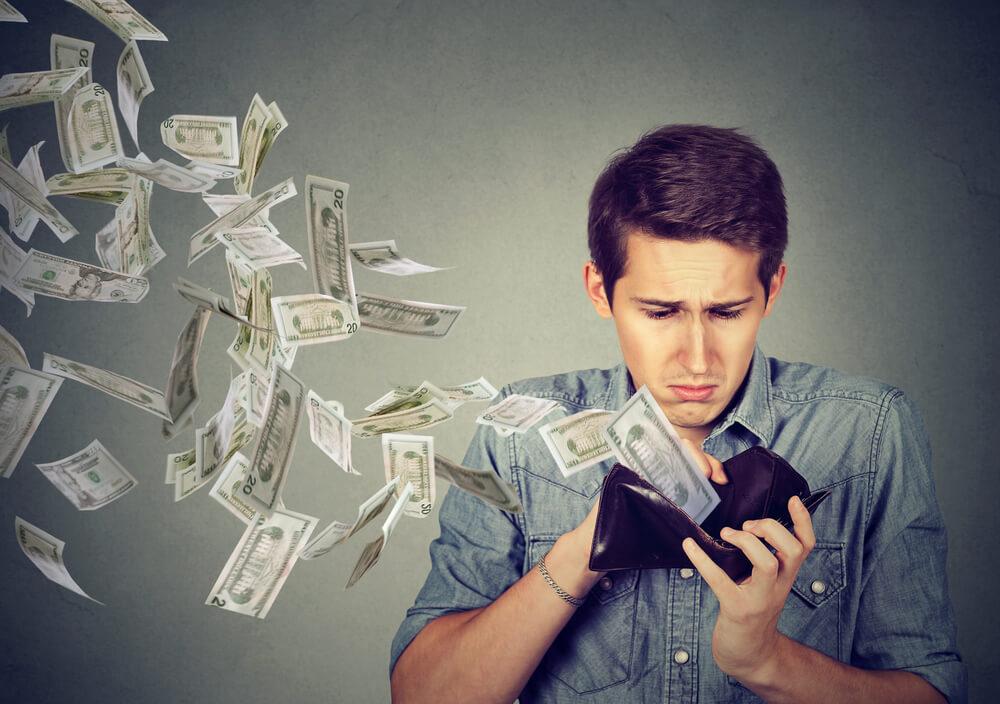 離婚したいけどお金がない!経済的な不安には解決策はあるの?