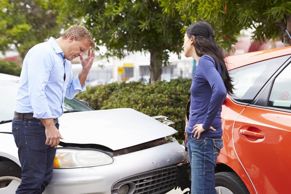 交通事故の加害者がやってはいけない初期対応