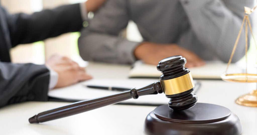 逮捕された場合 刑事事件に強い弁護士の探し方・選び方