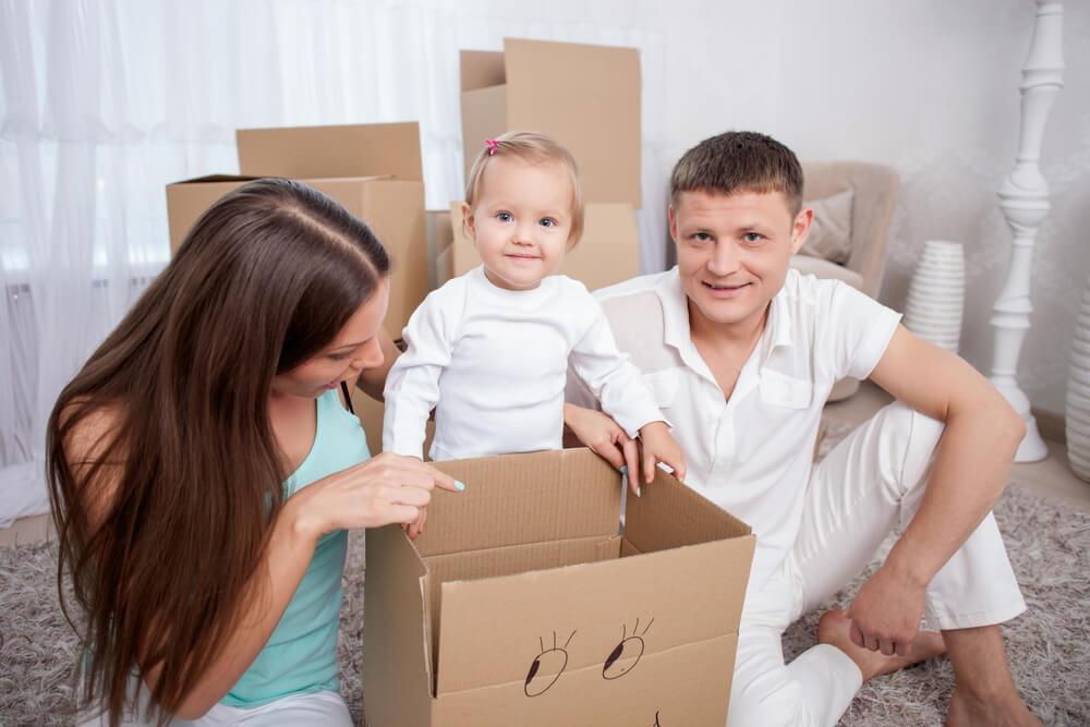 事実婚(内縁)の夫婦の間の子どもは法的にどう扱われる?