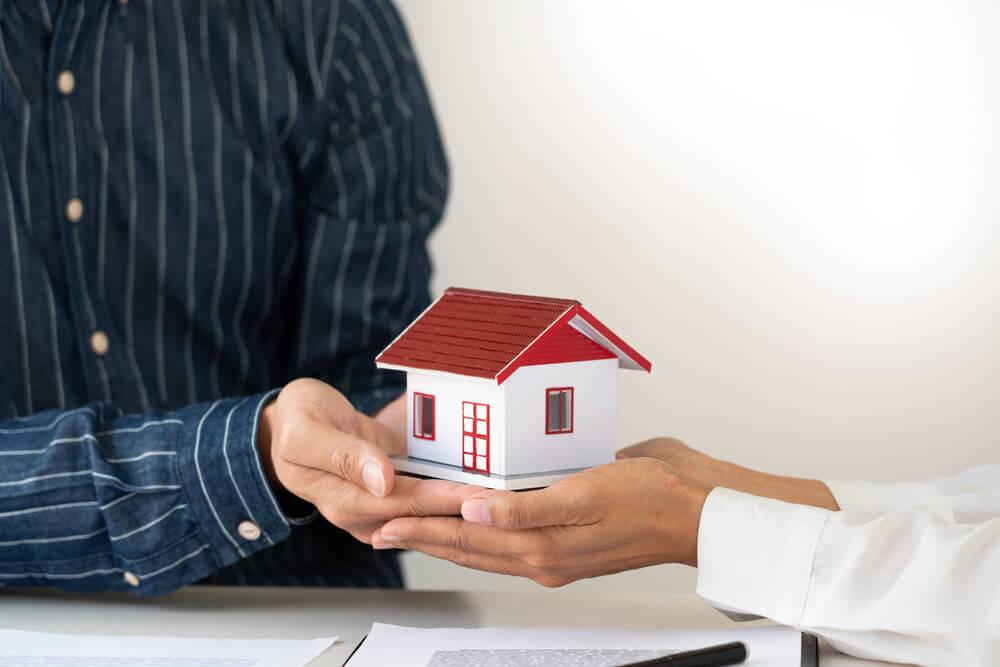 【財産をもらう側編】財産分与時に税金を支払う必要はある?