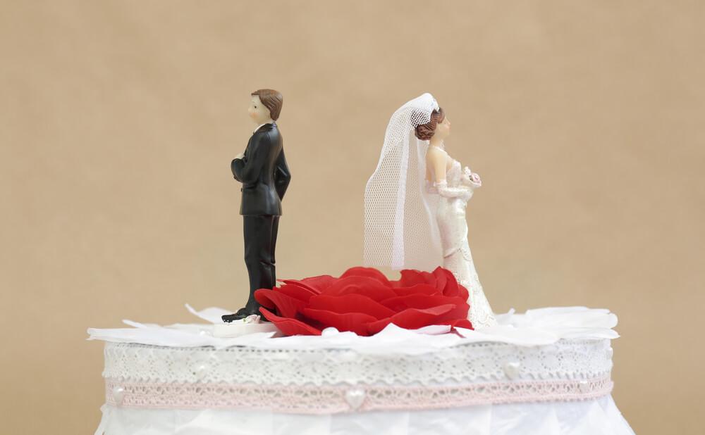 芸能人の離婚原因