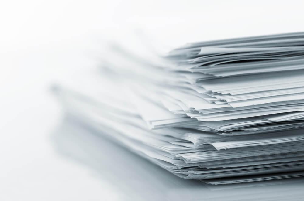 離婚届とともに役所に提出する必要書類