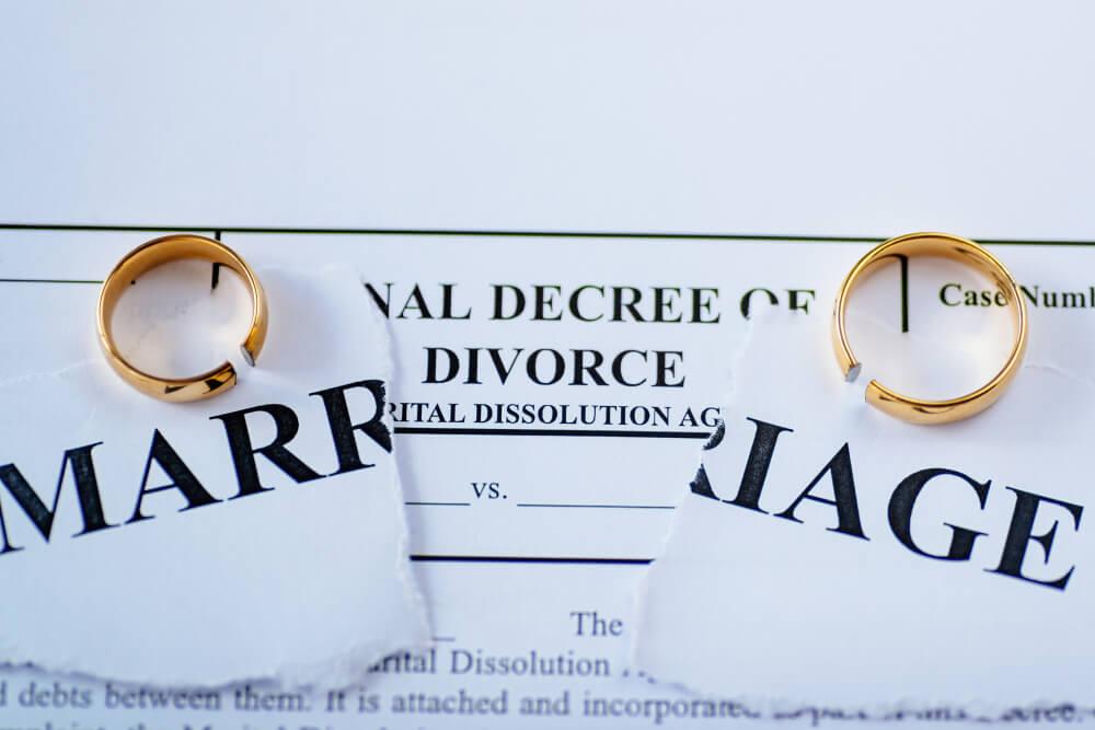 協議離婚の場合に離婚届とともに提出する必要書類