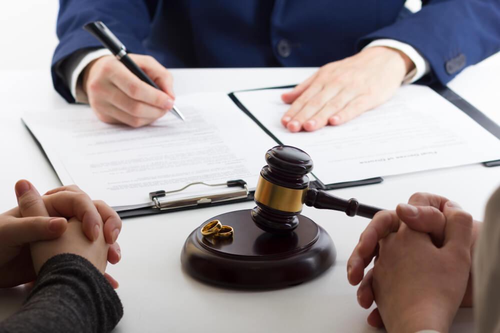 裁判離婚の場合に離婚届とともに提出する必要書類