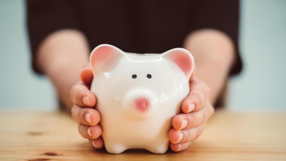 母子家庭の生活費が苦しい…養育費のもらい方