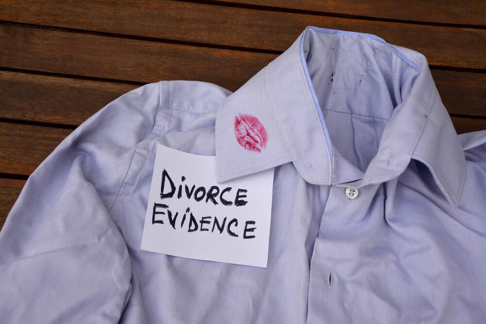 裁判で認められやすい証拠と認められにくい証拠
