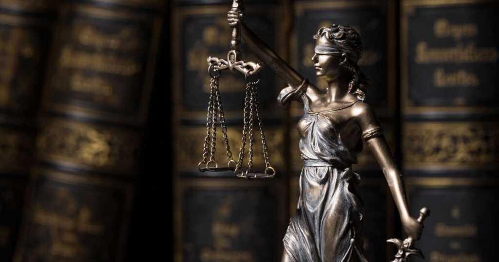 悪質な侮辱を受けた方や民事的手段をご検討中の方は弁護士へ相談を
