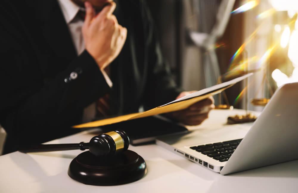 未払い残業代の請求を弁護士に依頼するメリット