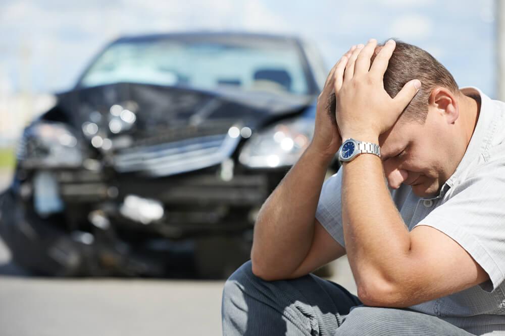 交通事故違反点数と免許停止・免許取消の関係