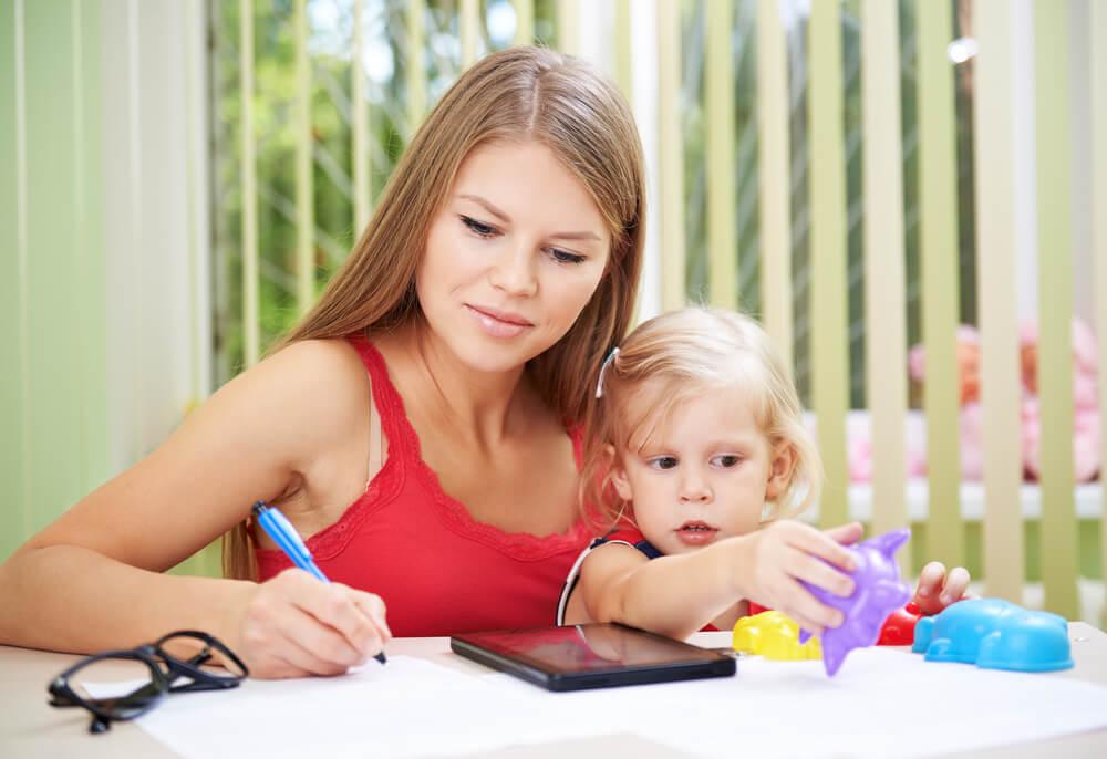 離婚後の手続きポイント④~子どもがいる場合に市区町村役場の児童課で行う手続き