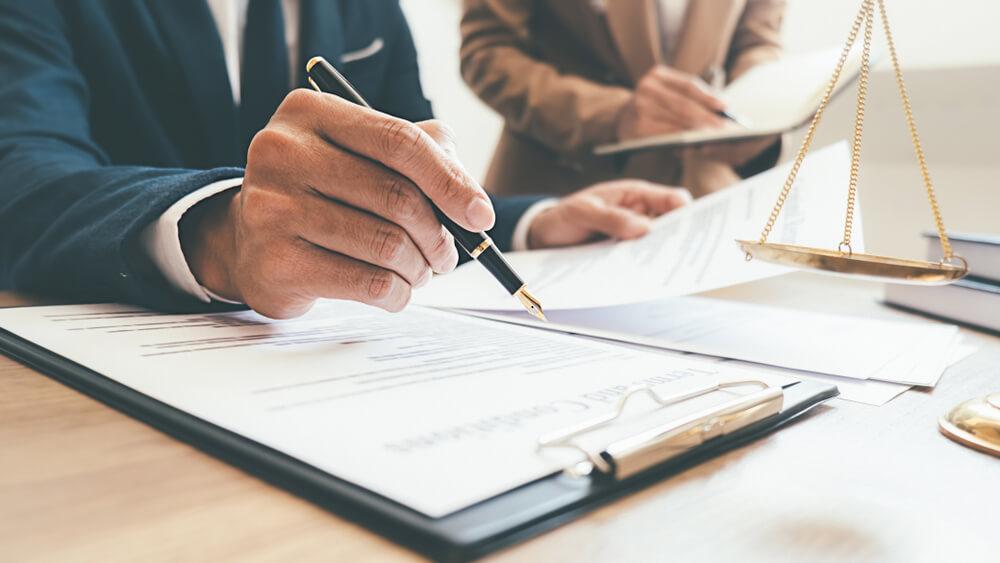 会社経営者の夫と離婚するときには離婚協議書を作成すべき