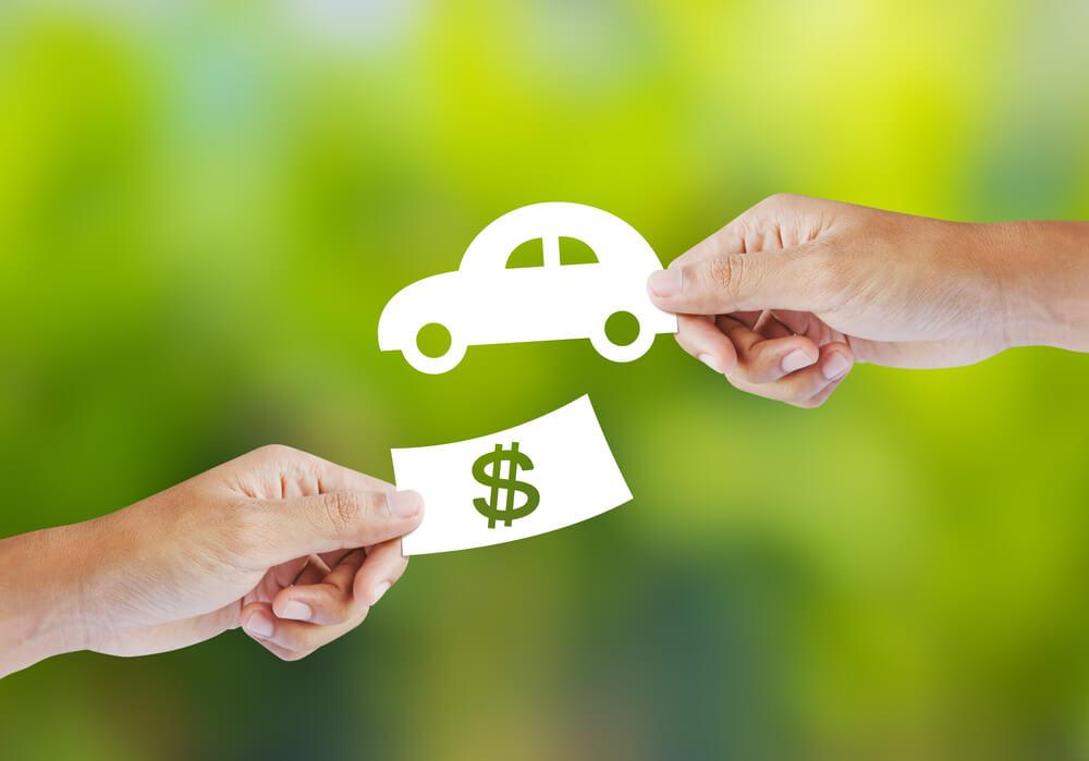 交通事故で自動車が大破したときの「車の買い替え費用」は全額加害者に請求できるか?