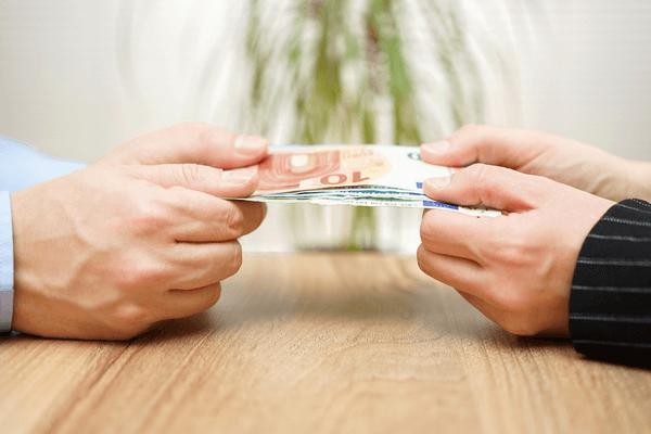 離婚の準備として別居した場合にもらえる可能性があるお金について