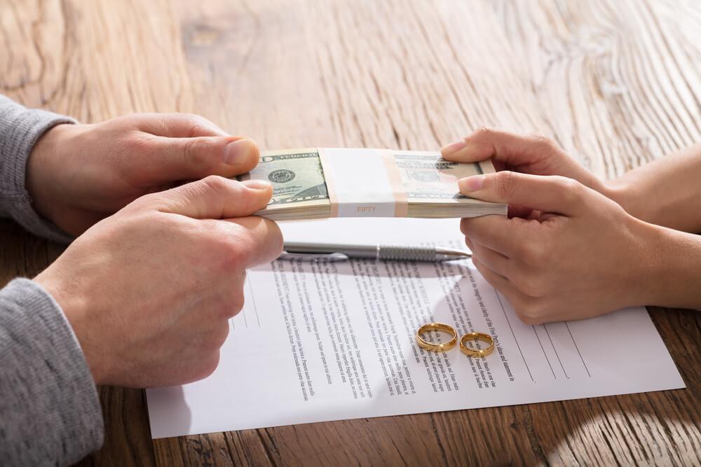 会社経営者の夫と離婚する場合に慰謝料で注意すべきこと