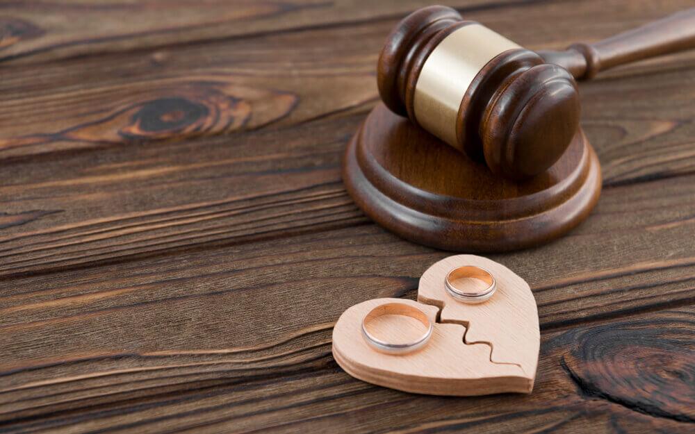 単身赴任中に離婚する流れ