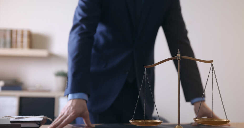 誹謗中傷に関するトラブルは弁護士へ相談を