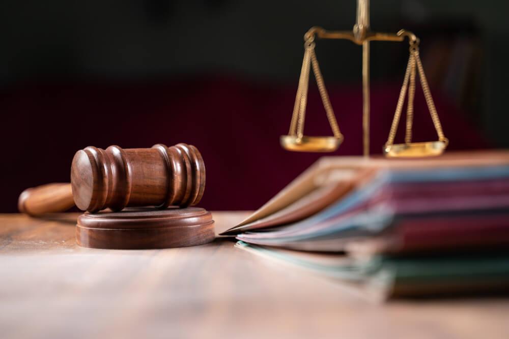離婚届を提出する際の基本的な必要書類