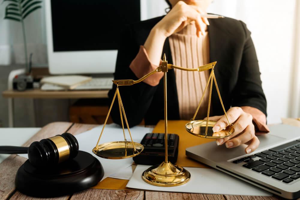 離婚届の証人について困ったら弁護士へ相談しよう