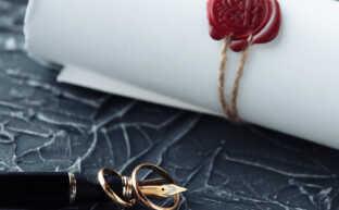 離婚届の必要書類|ケース別に必要な書類のリストを弁護士が解説