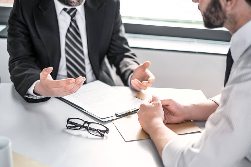 アスベストで損害賠償請求をする場合には弁護士に依頼するのがベスト