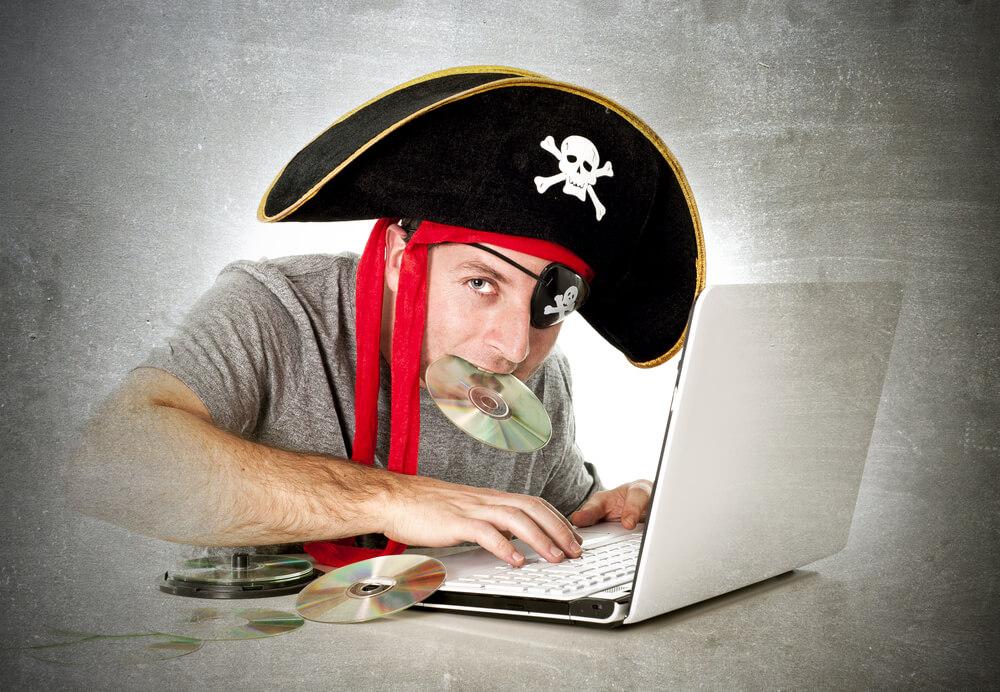 海賊版ダウンロードに対する規制とは