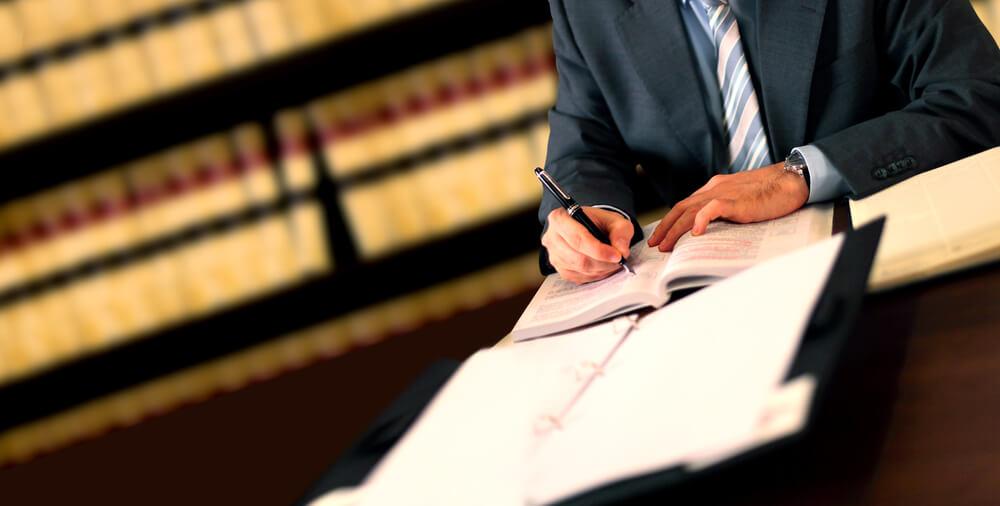 弁護士に任意整理を依頼したのに債権者から裁判される?