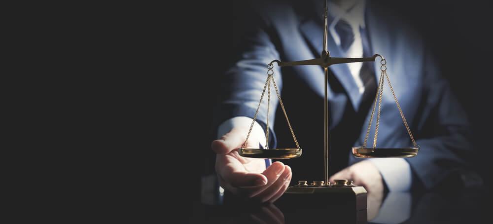 証拠の収集手続きに疑問を感じたら弁護士に相談を