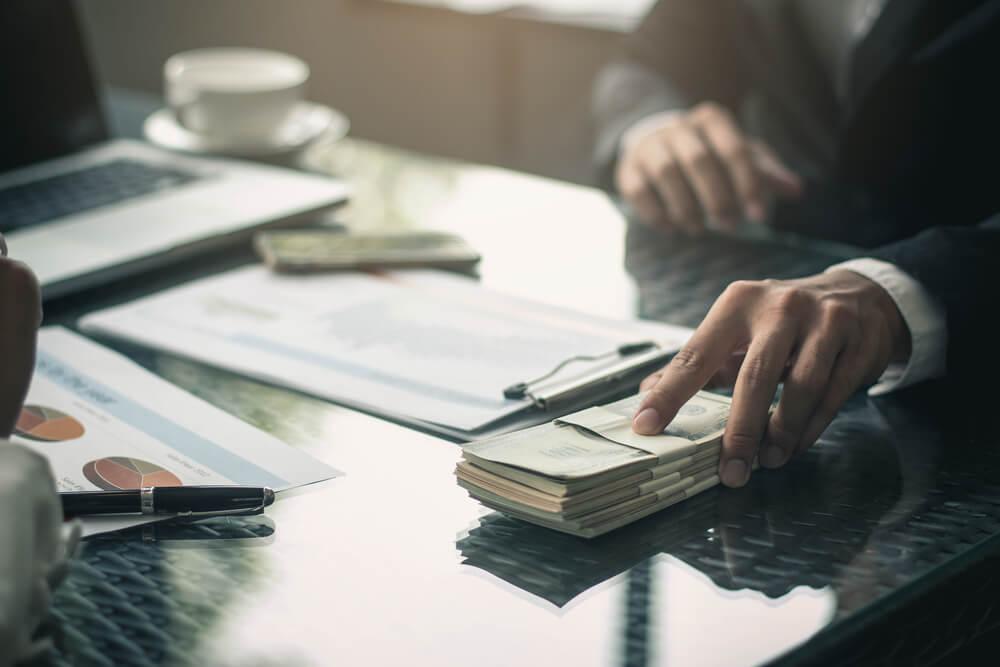 無断欠勤による解雇が適法でも会社に請求すべき3つのお金