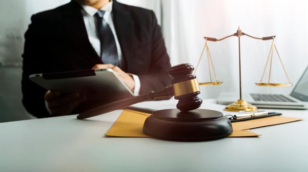 離婚調停を申し立てる人も申し立てられた人も、困ったら弁護士に相談を
