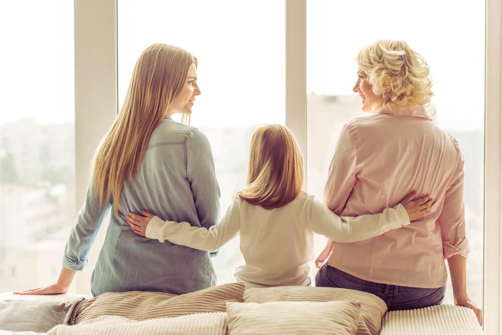母親嫌いでも母親との関係を改善しやすいタイミングもある