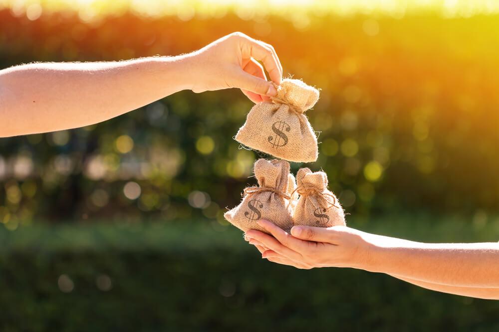 悪意の遺棄で離婚するまでにもらえるお金は?婚姻費用分担請求について