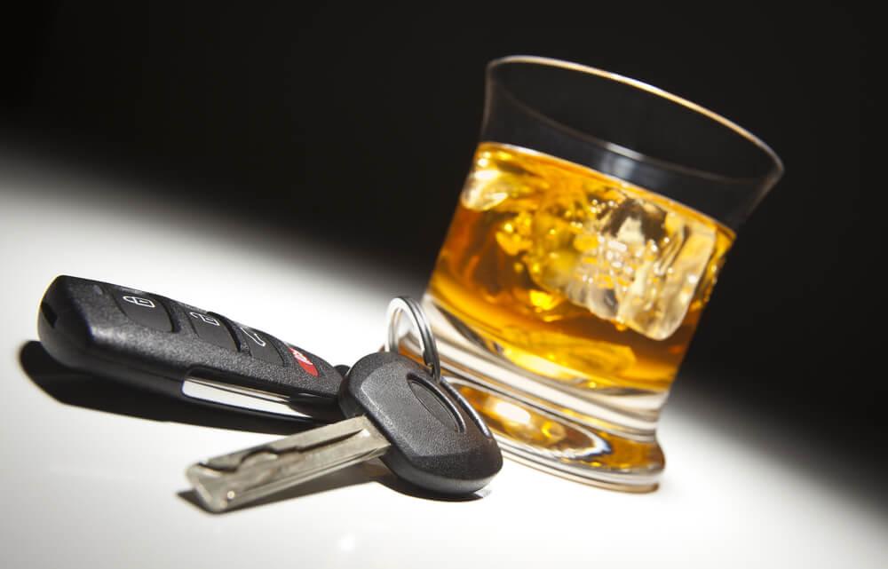飲酒運転で検挙されたときに弁護士に依頼するかどうかの判断基準