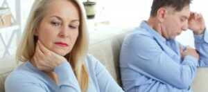 熟年離婚の慰謝料の相場は?浮気等の事例や財産分与について解説