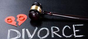 離婚するために最適な11のタイミングとスムーズに離婚する方法